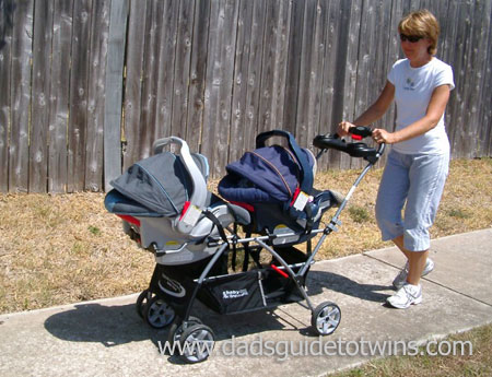 The Twin Stroller Every Dad Should Get for His Baby Twins