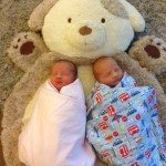 Should You Have Staggered Feedings with Twins?