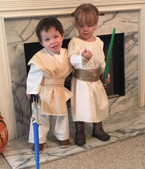 Luke and Leia twin costumes  sc 1 st  Dadu0027s Guide to Twins & Halloween Costume Ideas for Twins
