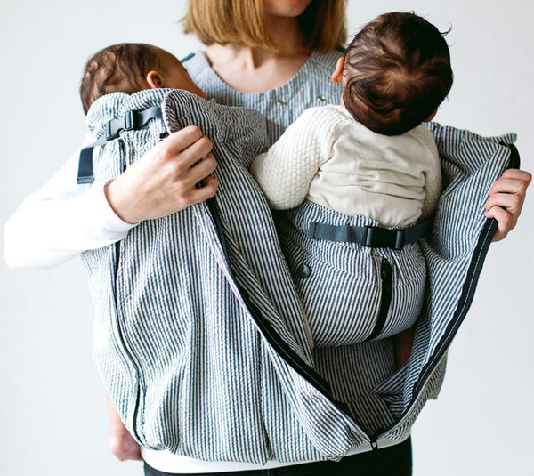 Baby placement in Weego twin baby carrier